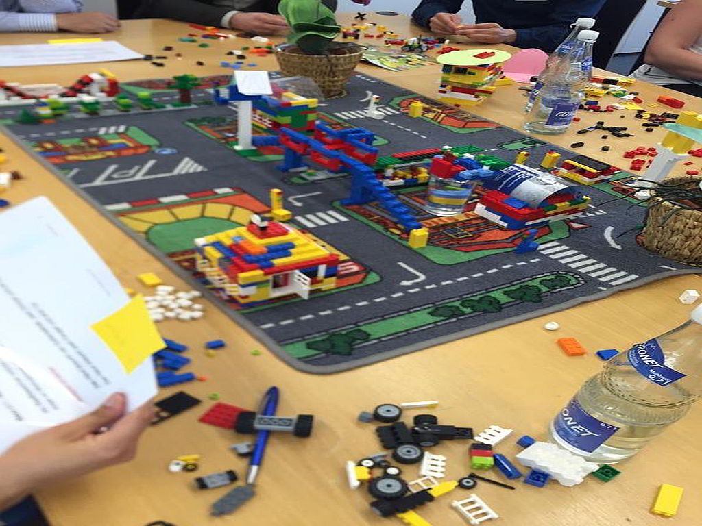 LEGO Scrum City • Plays-In-Business