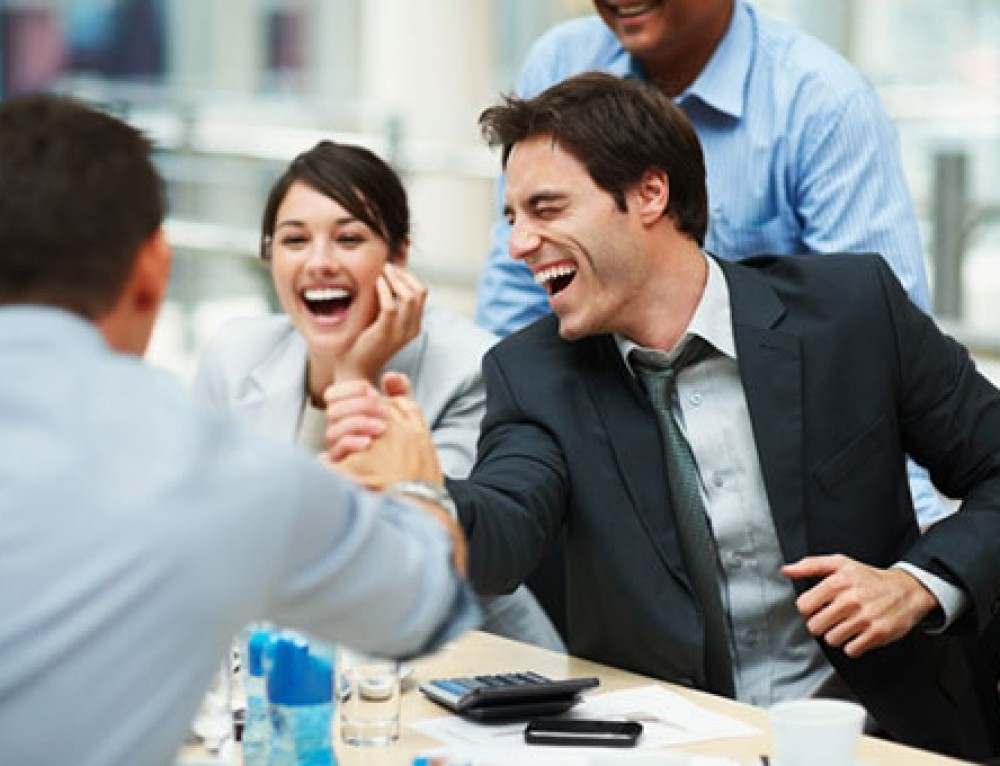 30 Happiness Strategies To Try in the Workplace