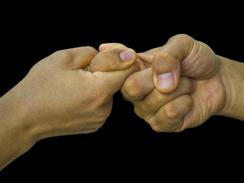 Hand Assumps It Agree Agreement - Finger-wrestling