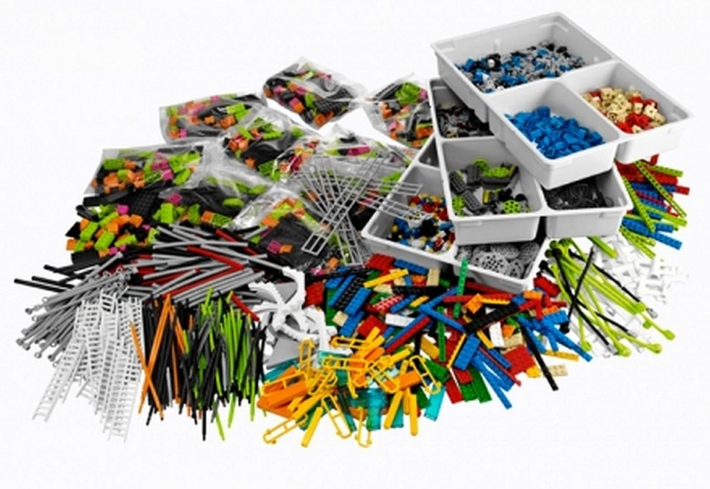 Lego Serious Play Connectionn Kit